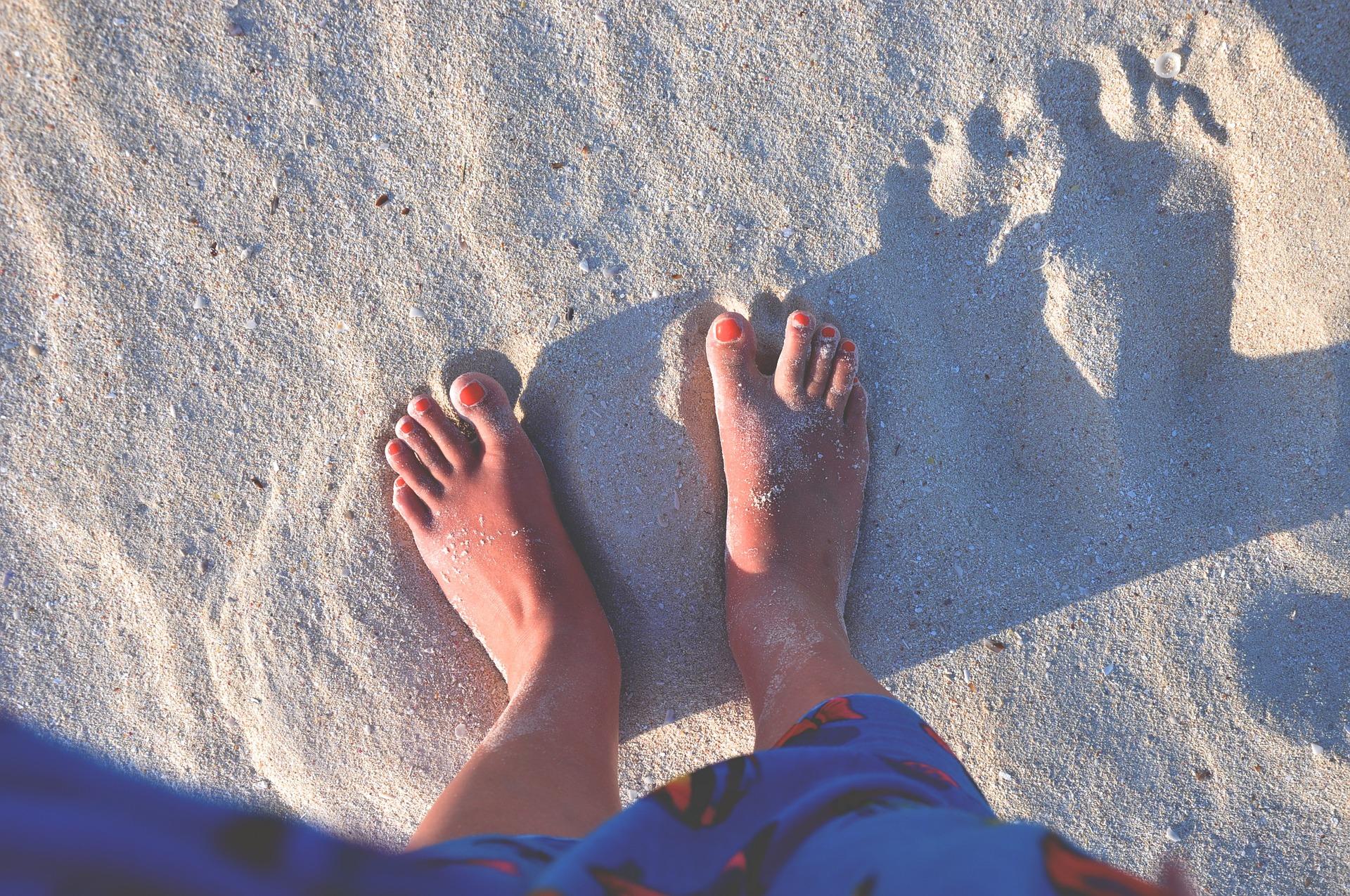 feet 1920