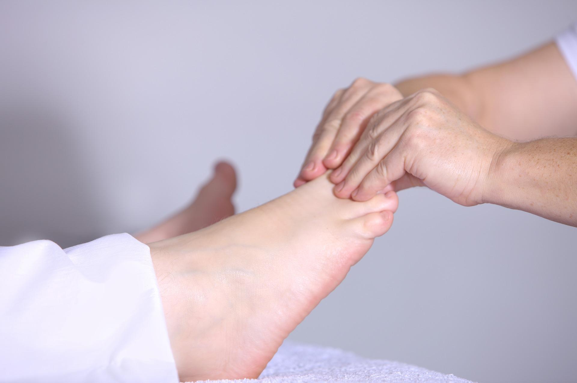 Cosa può causare dolore alle palle dei tuoi piedi, spesso...